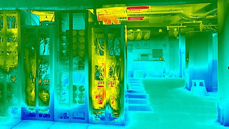 Server / Comms Room Temperature & Humidity Management